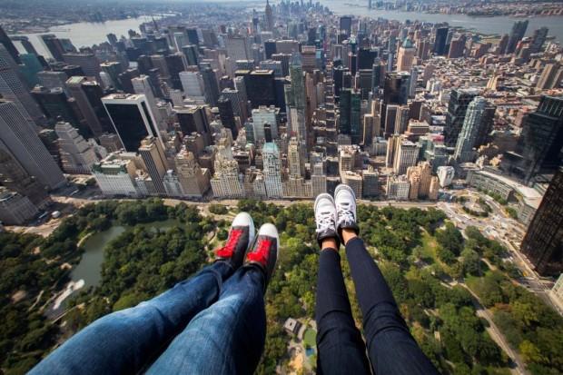 CATERS_NY_Skyline_Shoe_Selfies_07.jpg